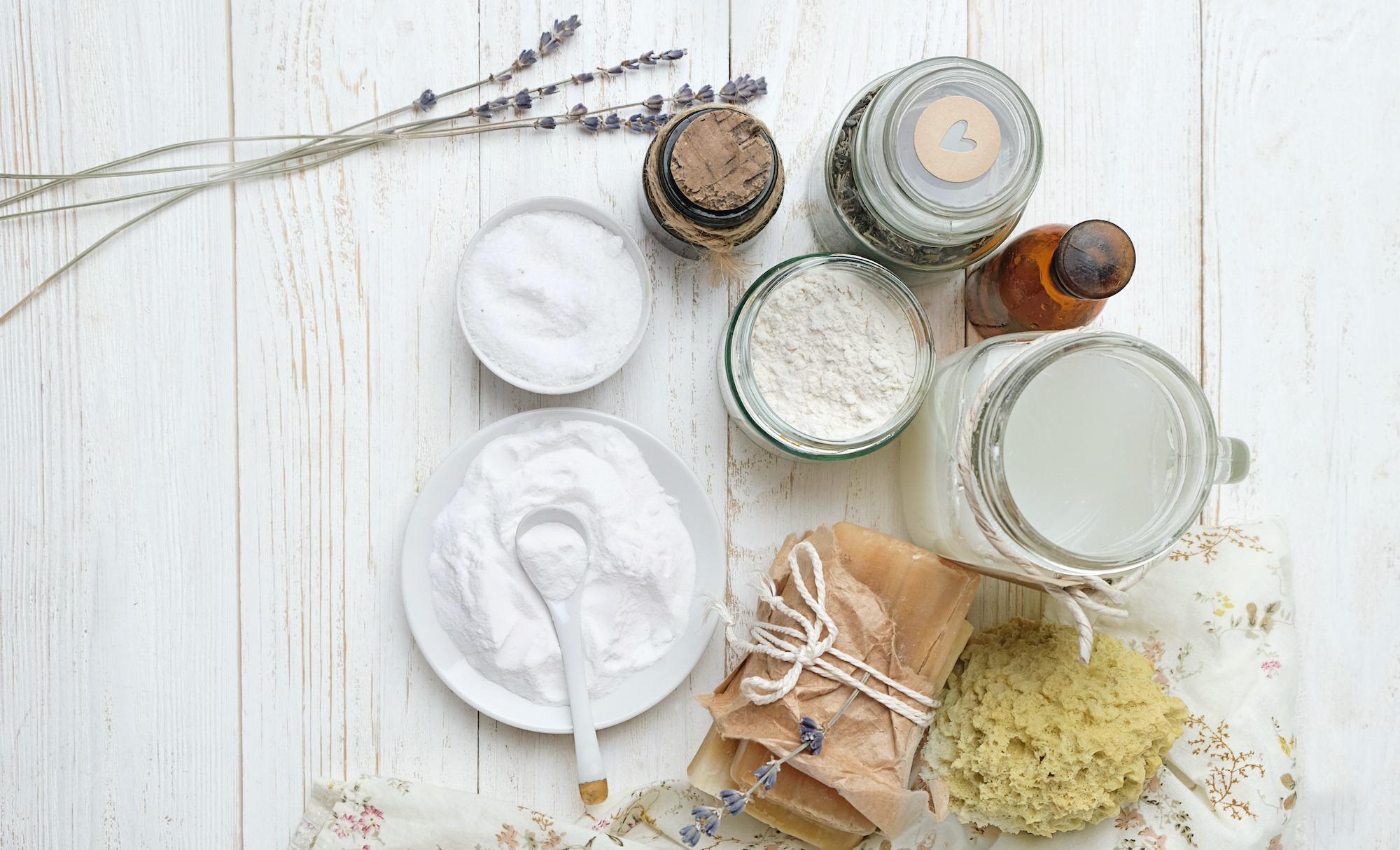 Ingrédients pour fabriquer soi-même ses produits d'entretien